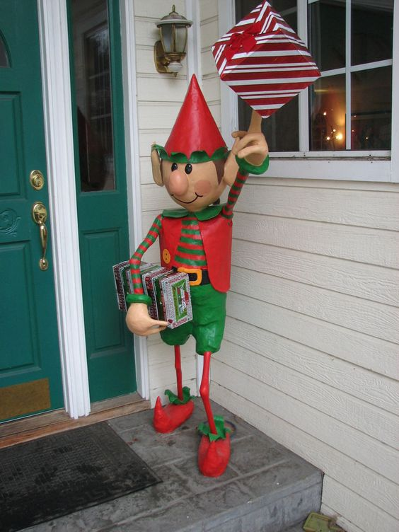 How to make this Christmas elf for the front porch. fairiehollow.com