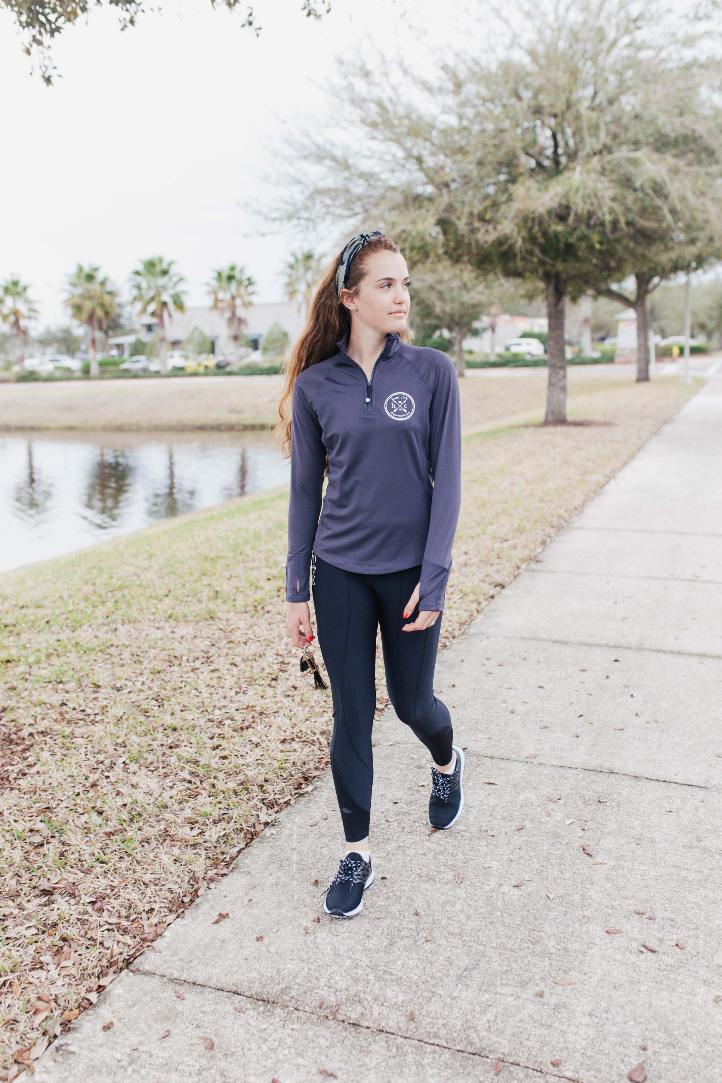The material is just lovely: soft, smooth and breathable. The thumb holes are ideal and the hemline makes it easy to tuck in but so adorable to leave out over some leggings.