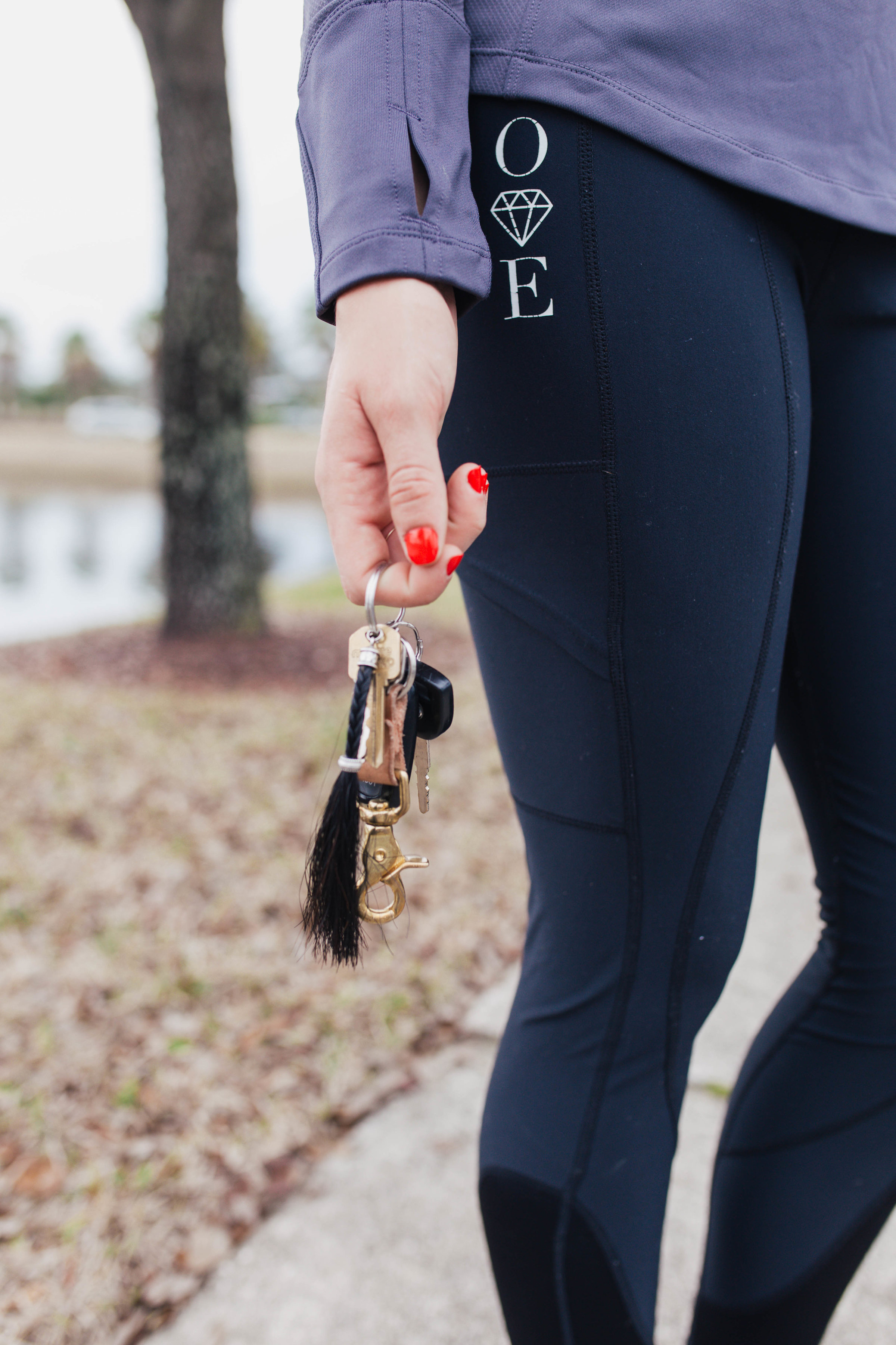 I am sporting my Opal Equestrian black base layer leggings with this top, along with my everyday Details Horse Hair Jewelry key chain and handmade Anney Life Designs leather key chain.
