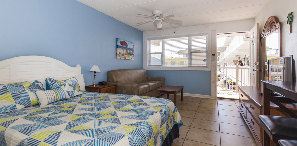 Esplanade suites Sundance Vacations studio Bedroom3 1158×569