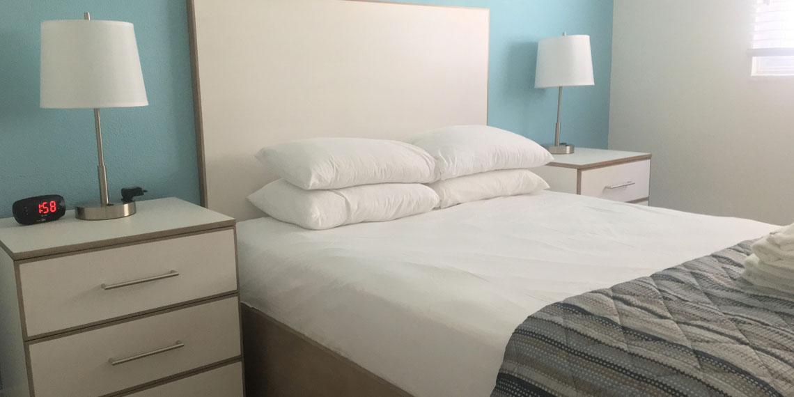 Esplanade Suites 1 bdr bedroom 1140×570