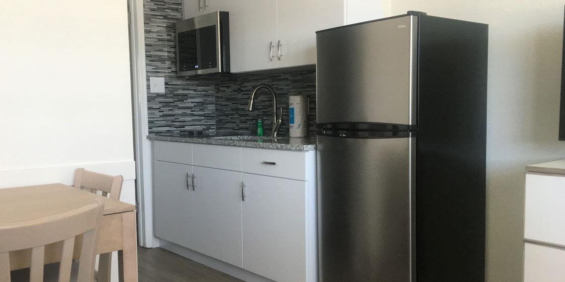 Esplanade Suites 1 bdr kitchen 2 1140×570