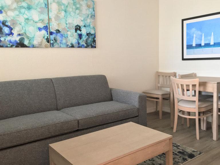 Esplanade Suites 1 bdr living room