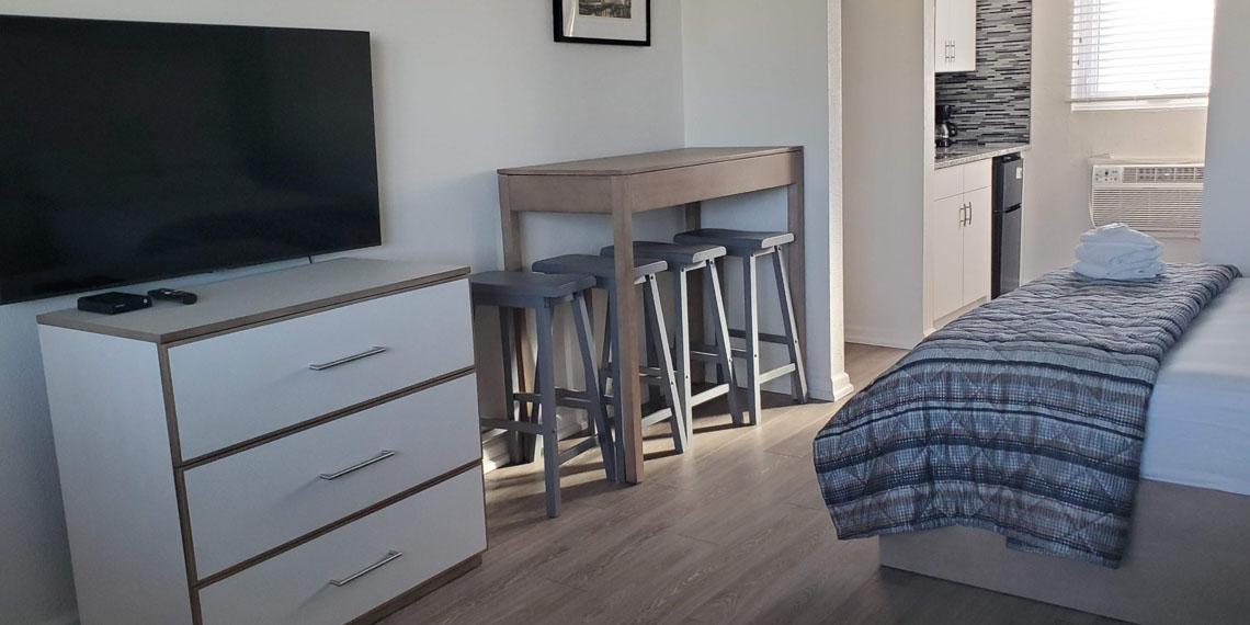 Esplanade Suites Studio Overview 2 1140×570