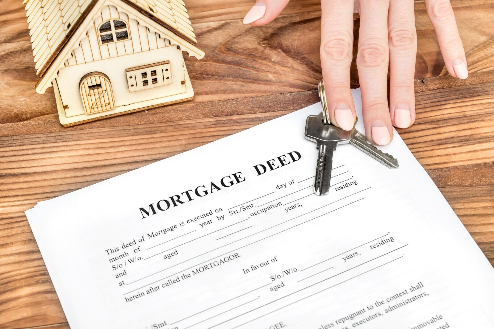 Divorce and Mortgage Questions: The Difference Between a Title and a Mortgage