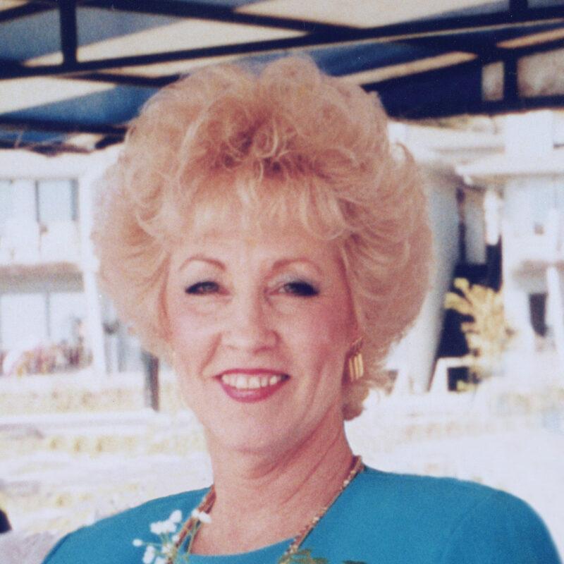 Linda Coleen Housley