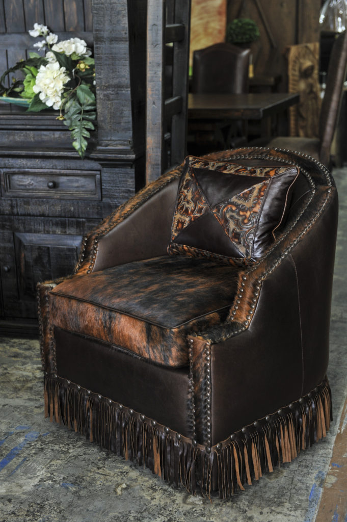 Houston swivel leather
