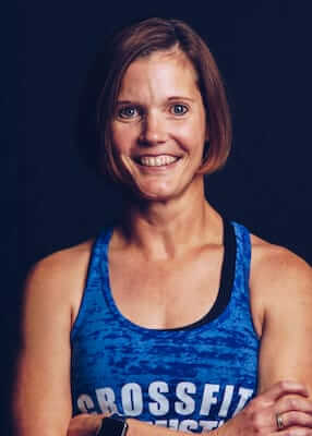 Coach Lesley