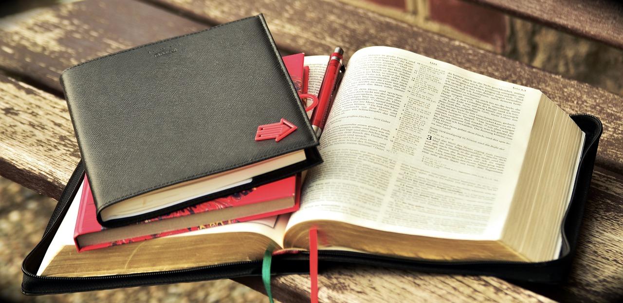 Bible Study (Online & Onsite)