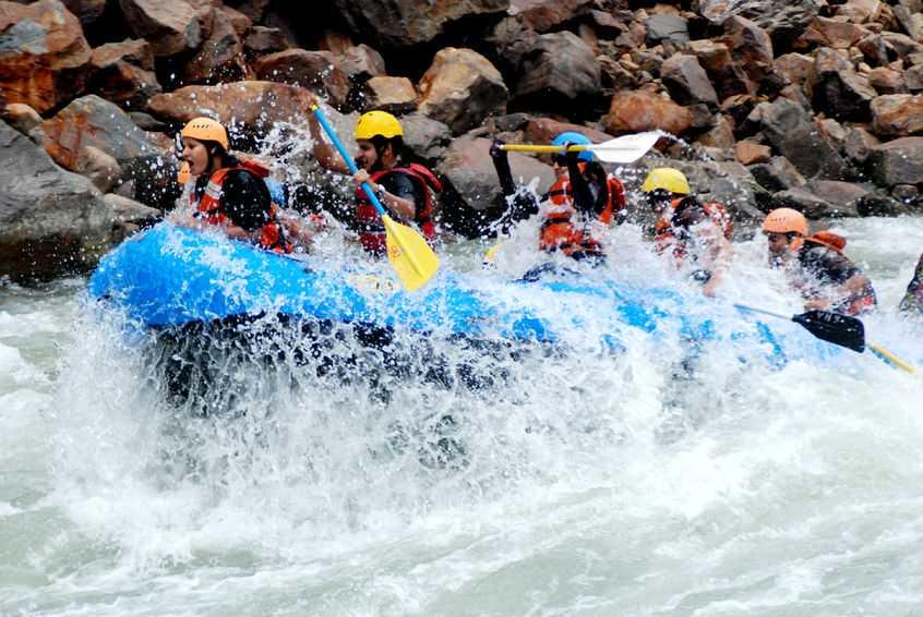 56092913 – rafting in rishikesh uttarakhand india