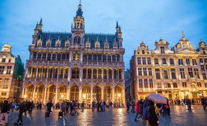 PARIS BRUSSELS AMSTERDAM PRIVATE VAN
