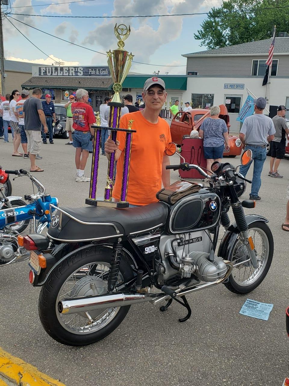 Mark Mumaw Takes the Trophy