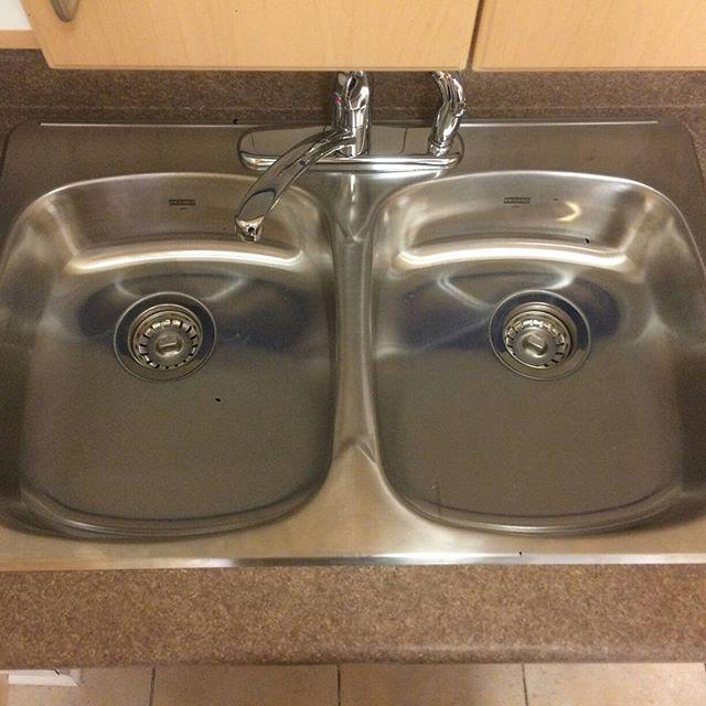 Bathroom Sink Faucet Repair
