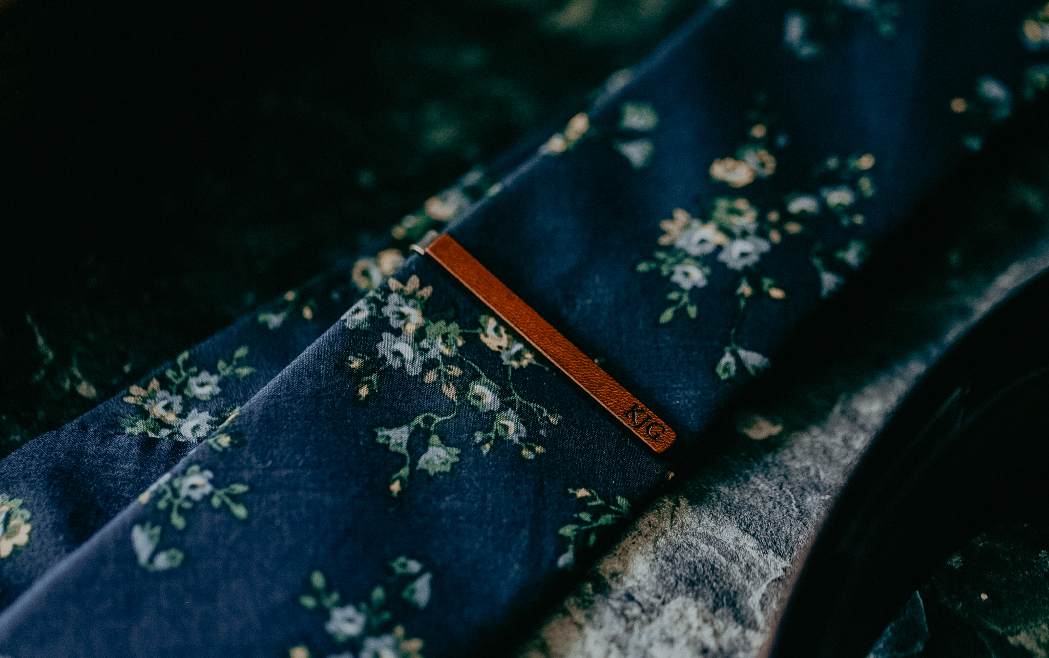 Groom's tie wedding day details