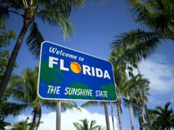 Pros and cons of living in florida