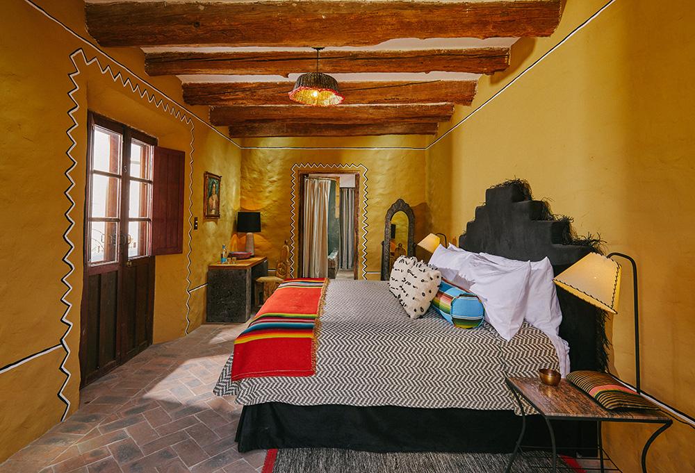 MESON HIDALGO Guestroom Su Hermana