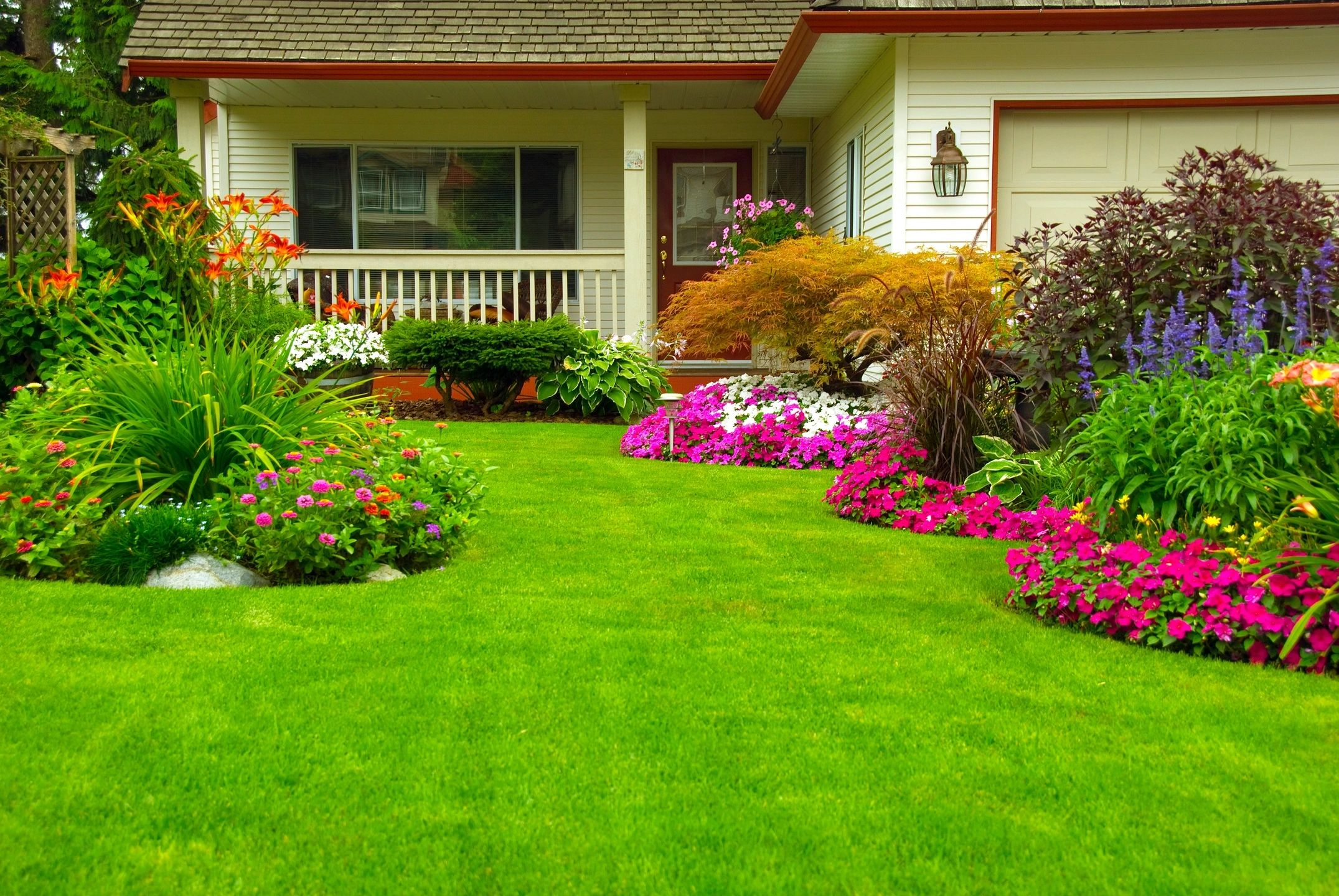 Landscaping and Lawn Maintenance Services Northern WI