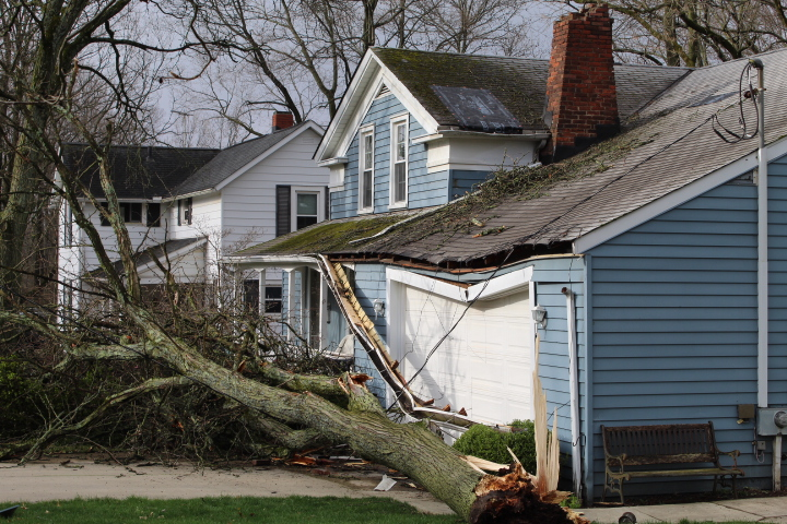 Roofing Contractor Helps Medina Storm Victims A Jenkins Inc