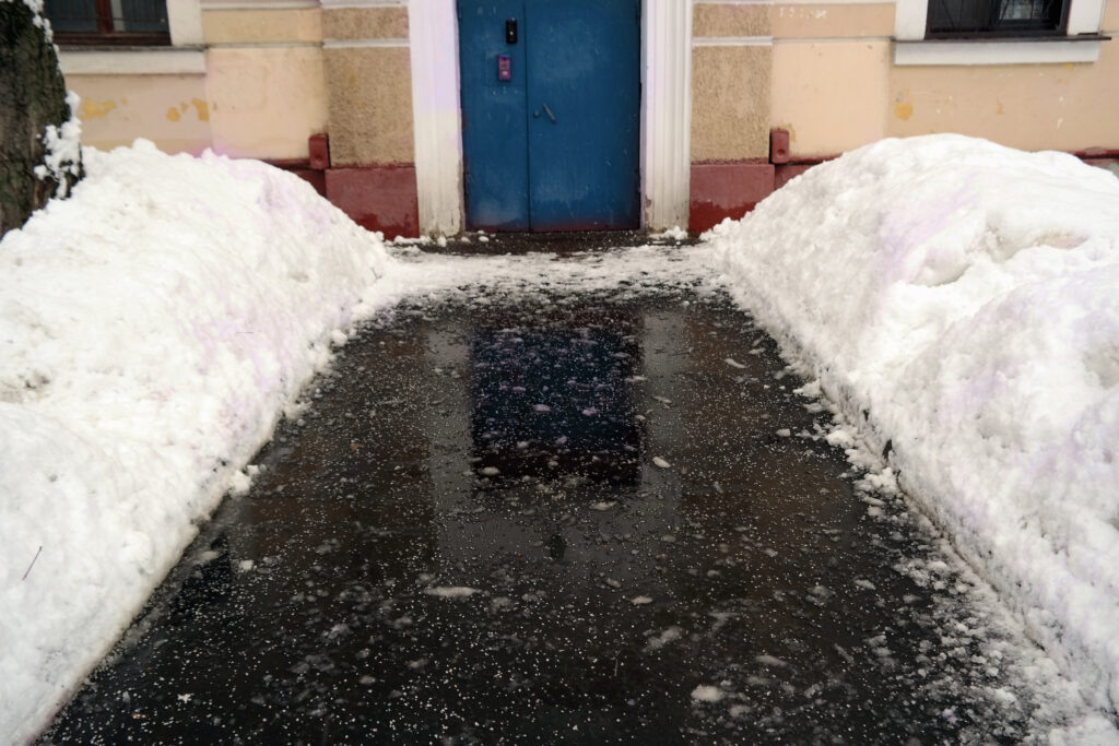 Salted entry way to business in the winter