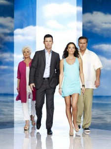 BURN NOTICE -- Season:4 -- Pictured: (l-r) Sharon Gless as Madeline Westen, Jeffrey Donovan as Michael Westen, Gabrielle Anwar as Fiona Glenanne, Bruce Campbell as Sam Axe -- Photo by: Nigel Parry/USA Network.
