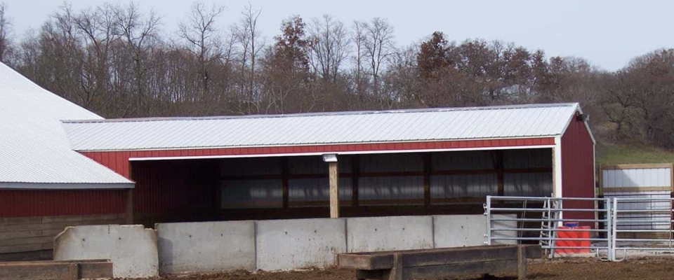 small cattle shed covering post frame structure