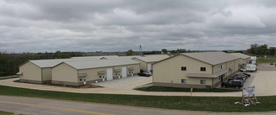 pole buildings commercial condo space in iowa