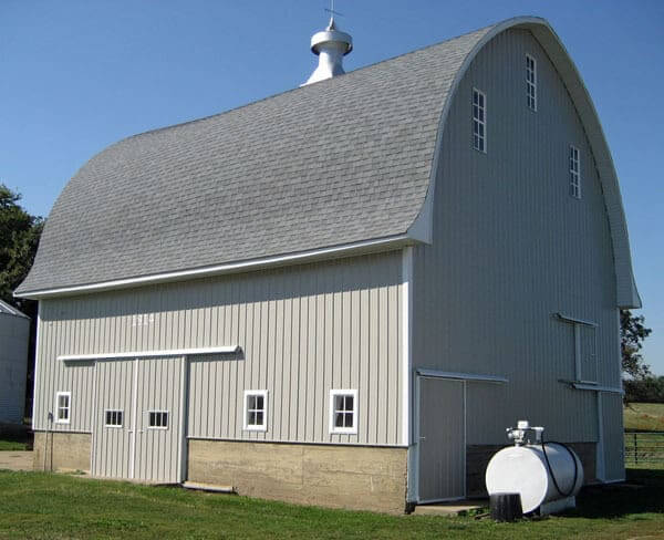 Farm Buildings in Iowa and Illinois