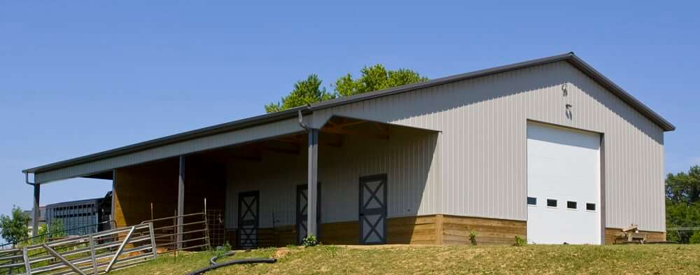Jeremy A. Horse Barn built by Greiner Buildings Iowa and Illinois