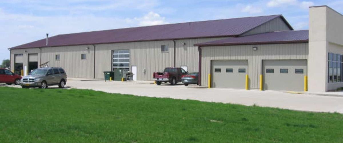 commercial auto sales pole building