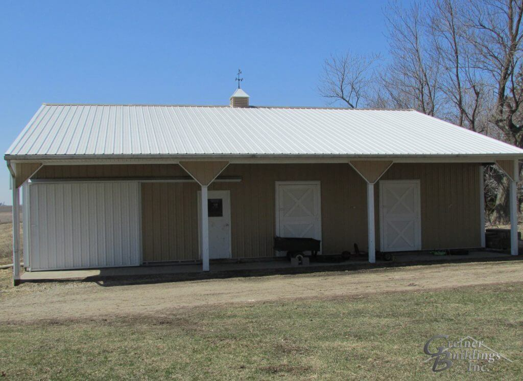 Iowa Equestrian Barn