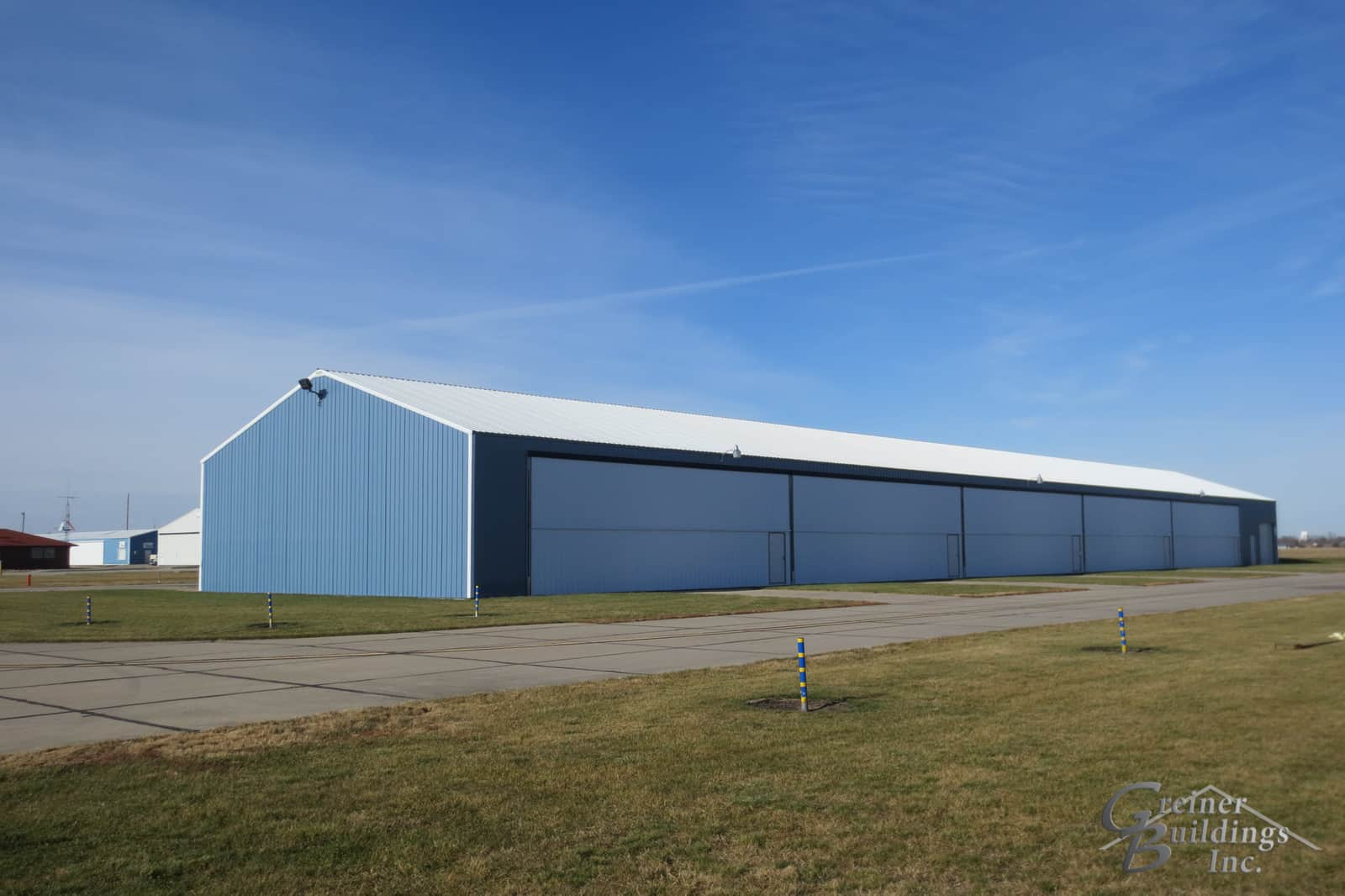 large aircraft hangar construction