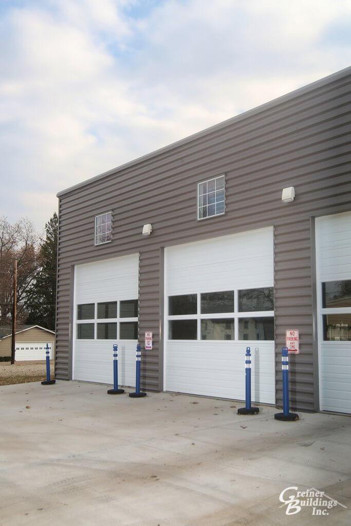 Large windows in garage doors