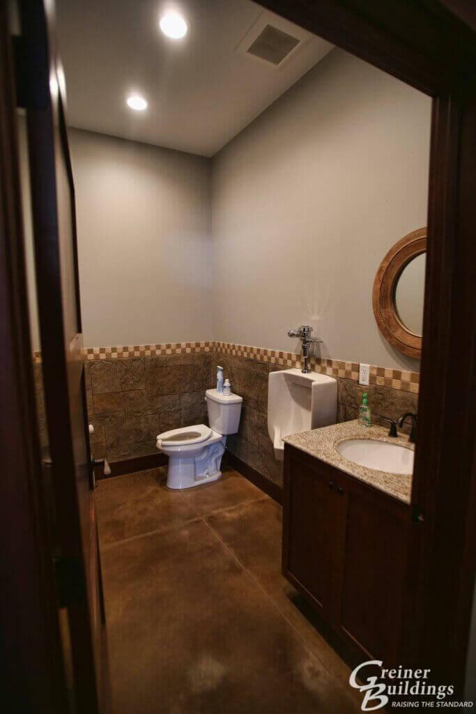 bathroom pole building AgriWay 45'x100'x10' Wayland, IA