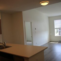 rent new apartment in abbotsford