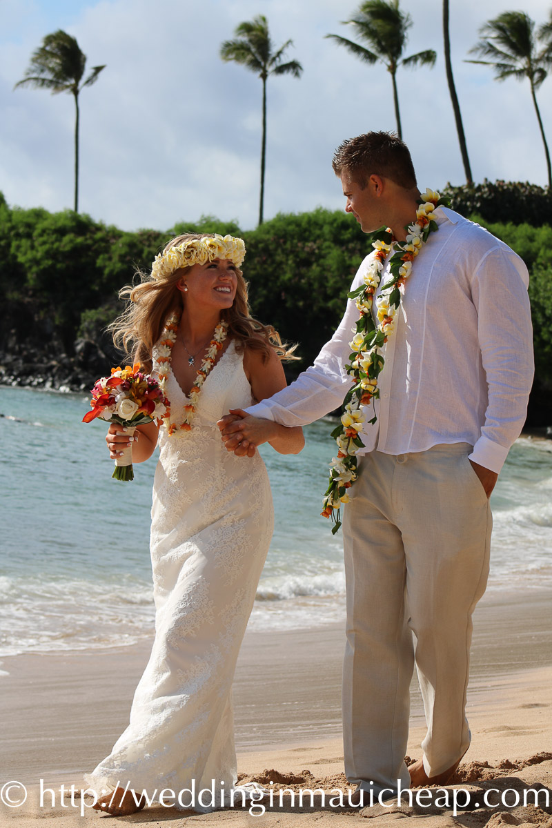 Maui Forever Wedding & Photography $1099
