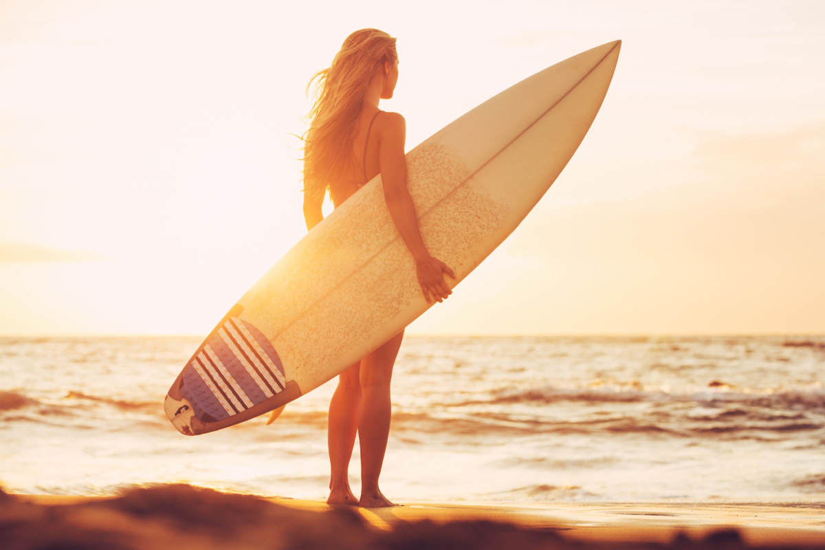 Surfer-babe