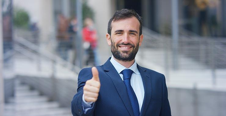 testimonials-thumbs-up