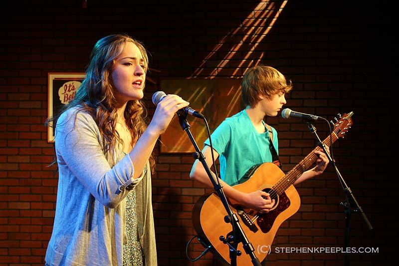 Limitless members Emily and Ryan Arshonsky on SCVTV's House Blend with Stephen K. Peeples