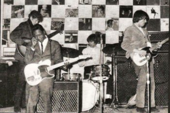 Buddy Guy jams with Jeff Beck and The Yardbirds, 1966.
