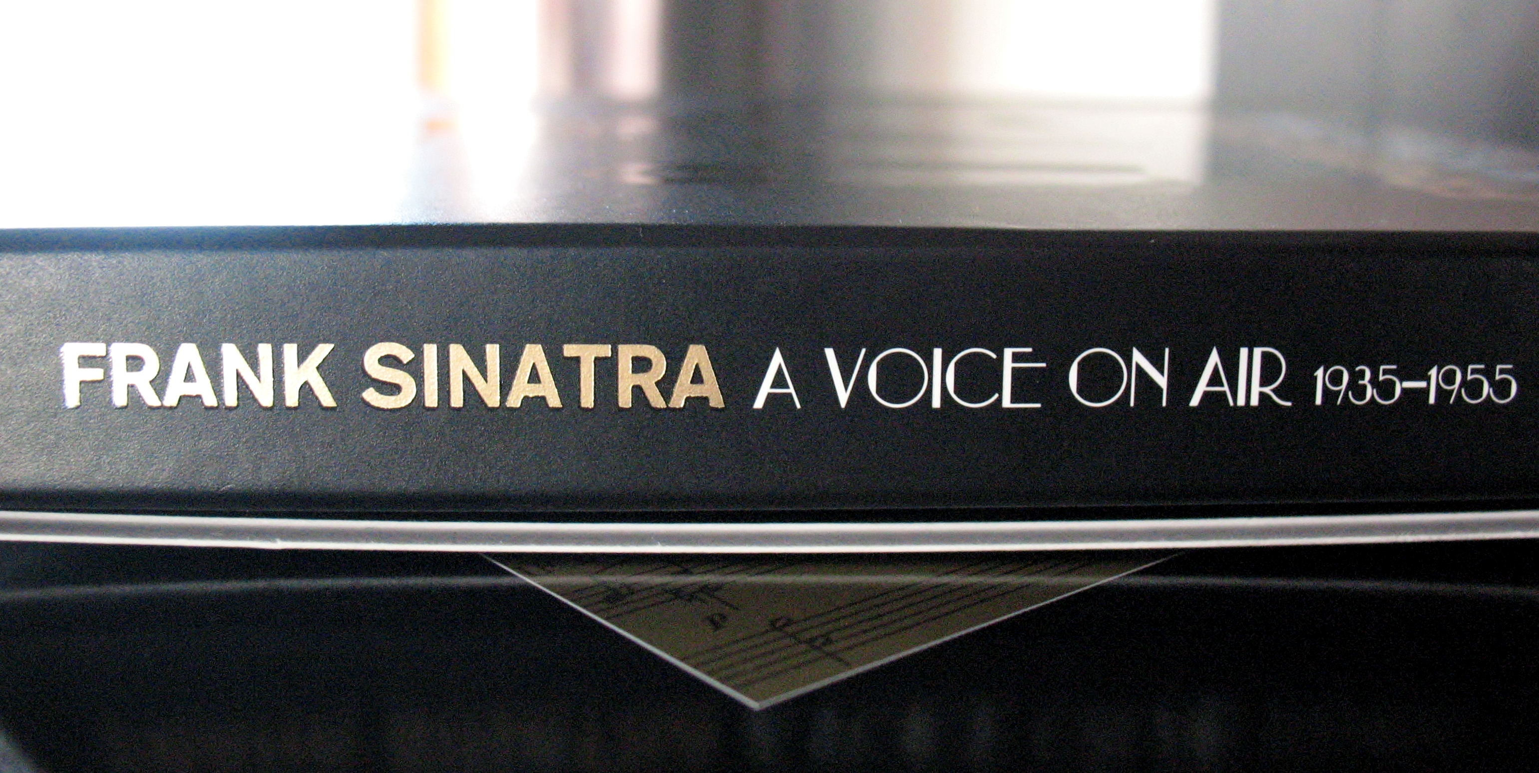 sinatra-a-voice-on-air-box