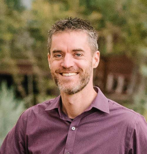 Pastor Tom Barthel