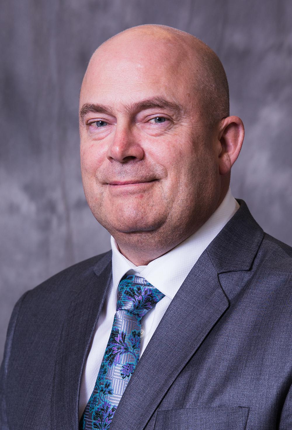 Robert Davis Headshot