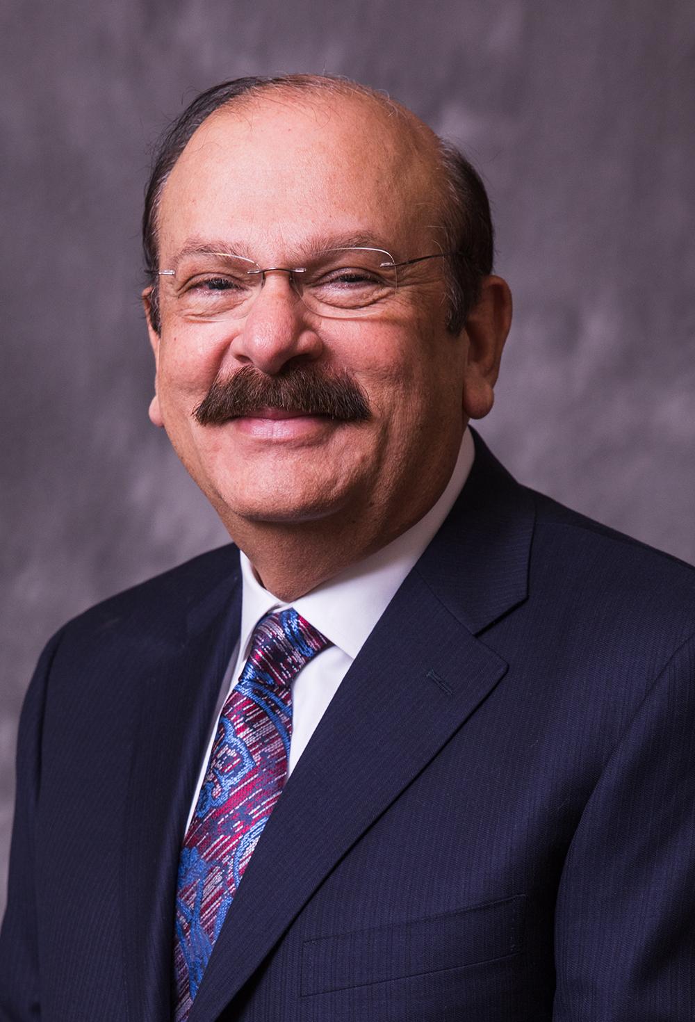 Mansur Kahn Headshot