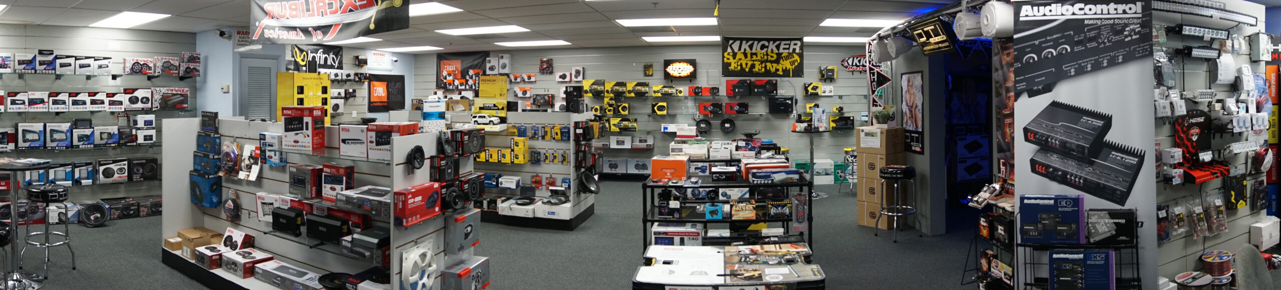 diplomat trading showroom in Miami Florida showing pro and mobile audio products