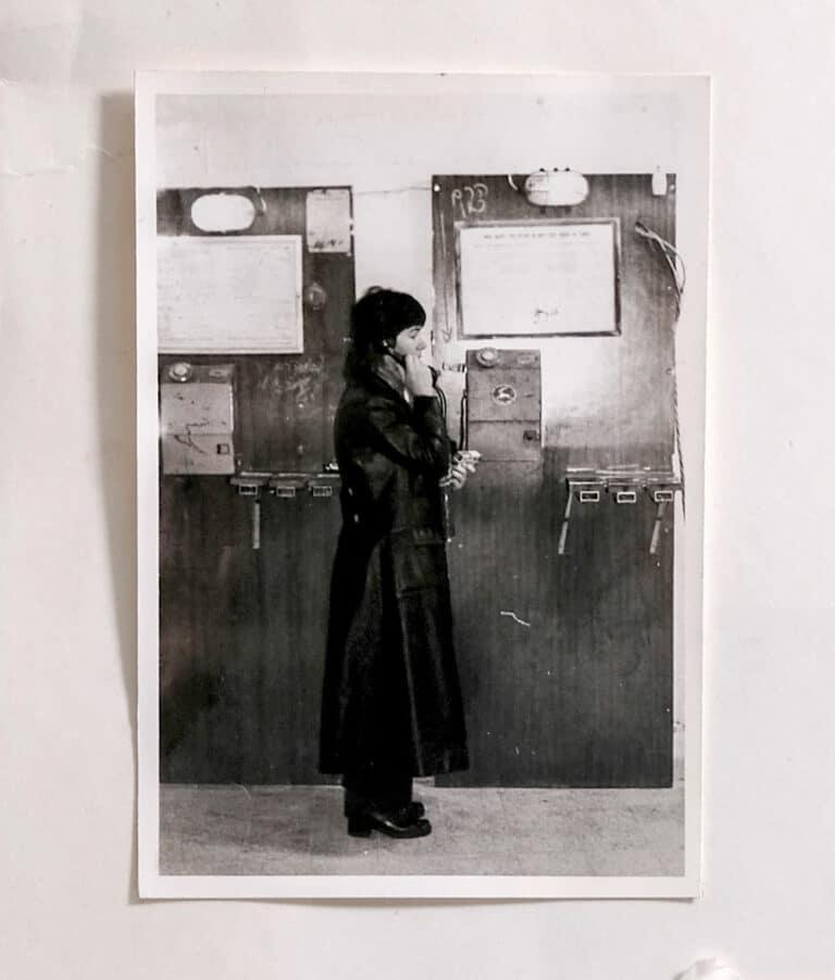 גד-אולמן-'טלפונים-ציבוריים''-בגלריה-גבעון-לבר1ר-שנה-