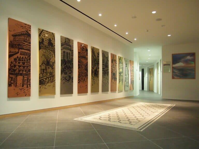 """""""ירושלים של נחושת"""", לוחות צרובים נחושת, פליז ואלפקה, שגרירות ישראל בלוס אנג'לס, 2009"""