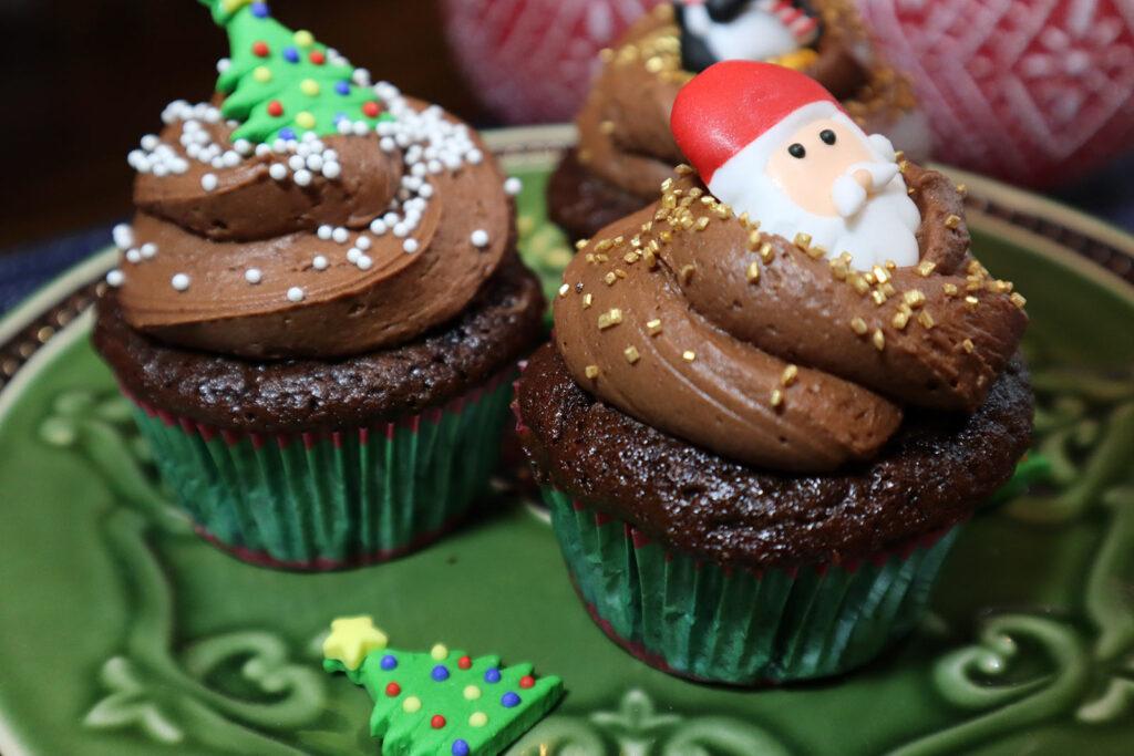 hot chocolate cupcakes -