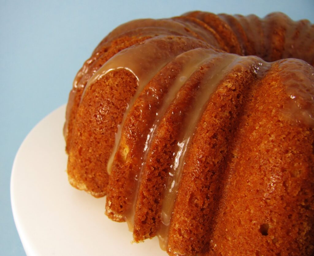 Your New Favorite Cake: Salted Caramel Bundt Cake [and 1 SECRET INGREDIENT]