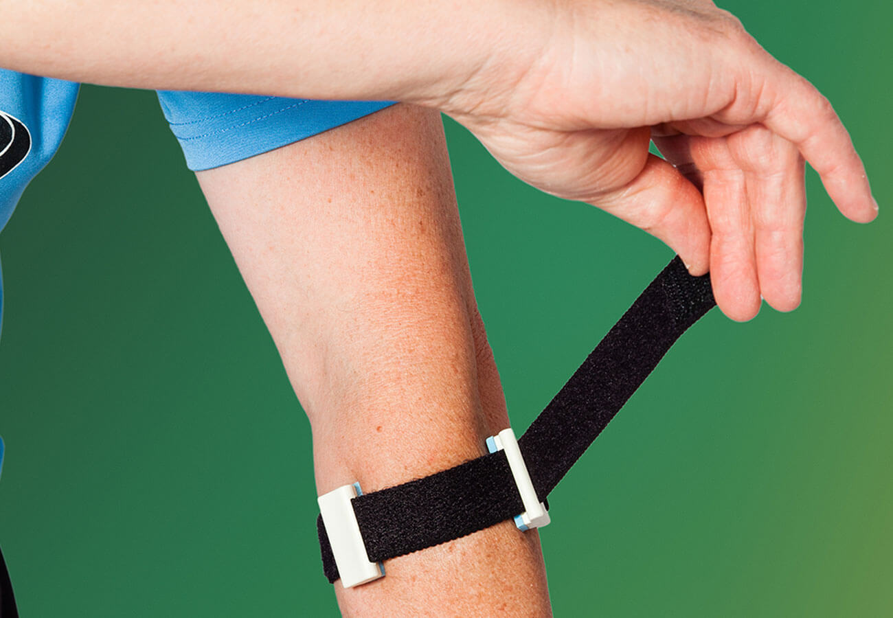 medial epicondylitis brace placement