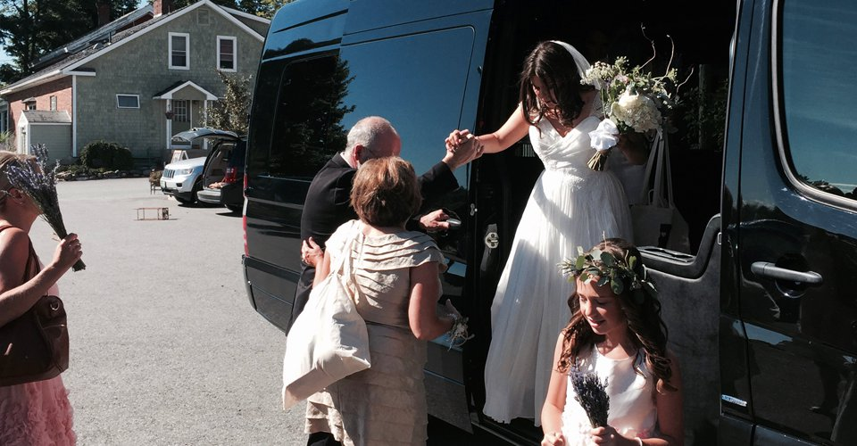 vermont wedding limo van